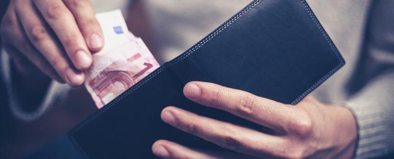 El pago con dinero en efectivo en España